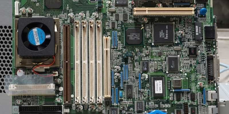 eatx vs atx motherboards